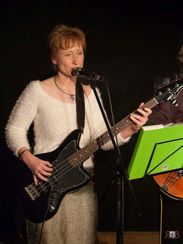 Ute mit Bass